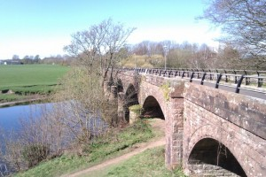Nith Viaduct. (c) Sustrans